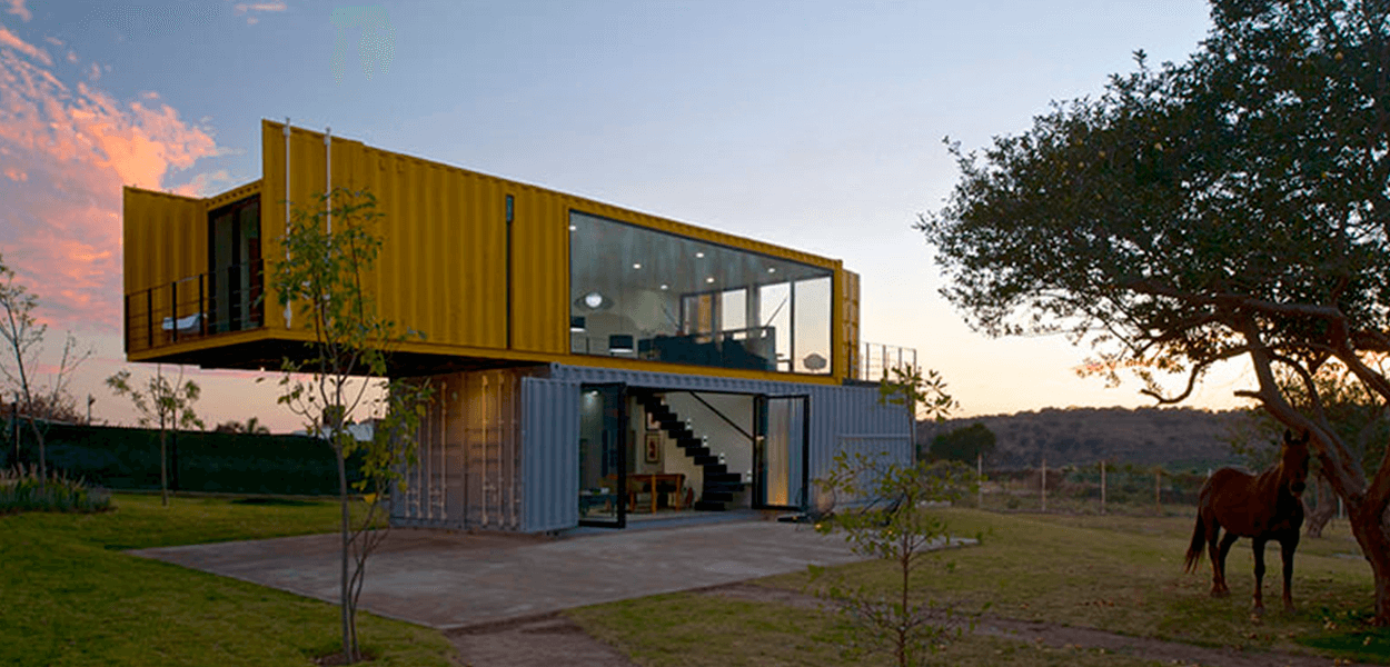 Casa Container Customizada no campo